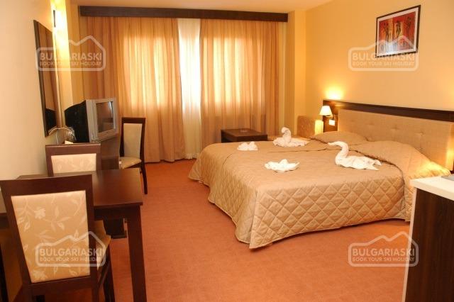 MPM Guinness Hotel 9