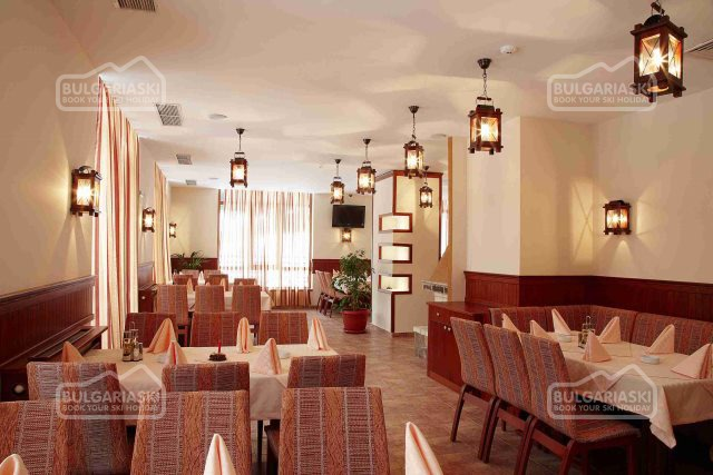 Stream Resort Hotel 15