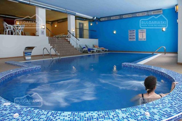Stream Resort Hotel 18