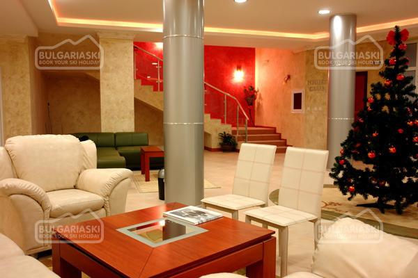 Grand Monastery Hotel3