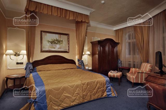 Festa Winter Palace Hotel2