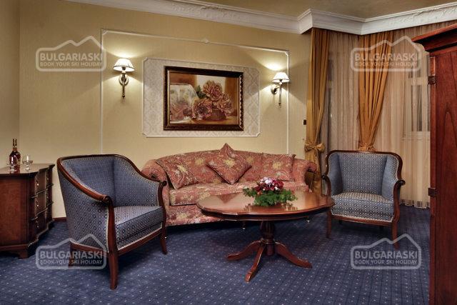 Festa Winter Palace Hotel3