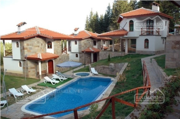 Pamporovo Village13
