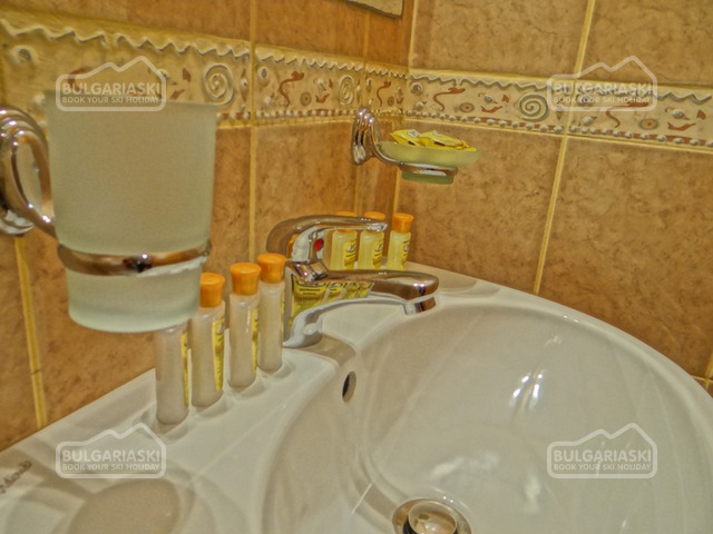 Grand Royale Apartment Complex & Spa16