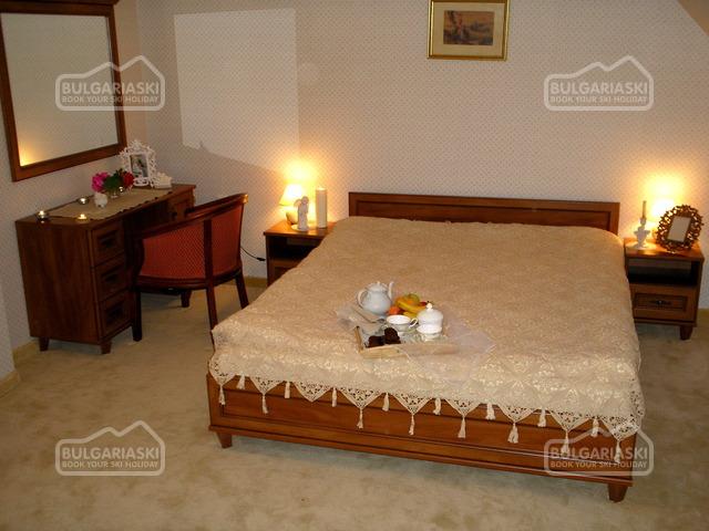 Alex Family Hotel 5