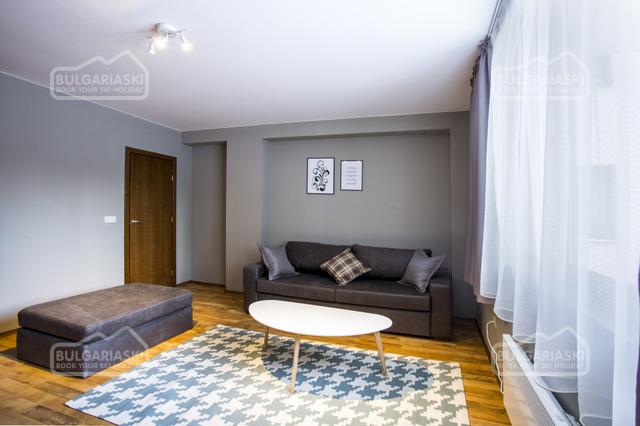 Sunny Hills Hotel10