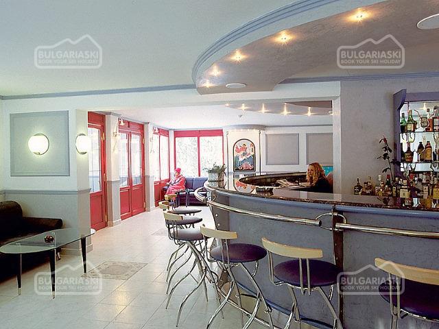 St. George Hotel10