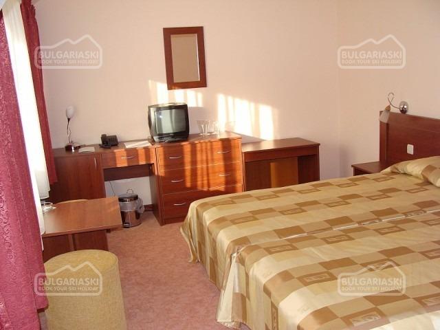 Ela Hotel5