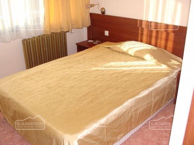 Ela Hotel7