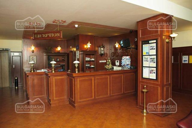 Elina Hotel2