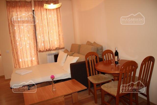 Flora apartments4