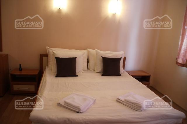 Flora apartments5